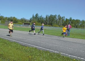 Héritage hosts track and field event