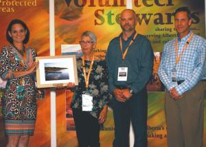 Kimiwan Lake Naturalists receive Alberta Parks 2016 Outstanding Group Steward Award