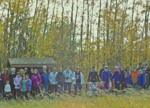 A large turnout for Kimiwan Lake Naturalists Community Hike