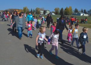 Ecole Routhier, Georges P. Vanier hold their Terry Fox Run in Hamlet of Guy