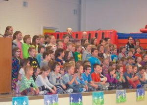 PICs – Ecole Routhier honours those who have served and who are serving