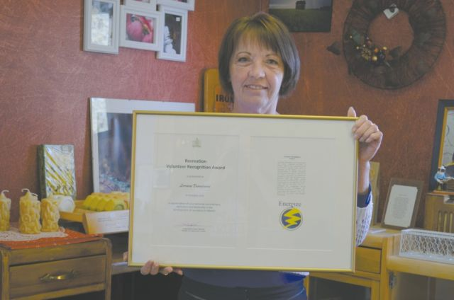 Lorraine Desaulniers recognized for many years of volunteer service