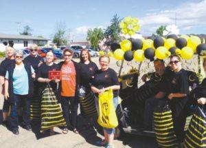 PICs – Nicolet Insurance wins plaque from Honey Festival Parade