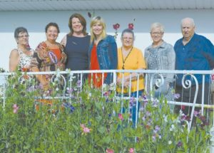 Minister of Seniors and Housing visits the Villa Beausejour