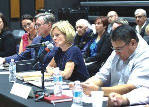 Treaty 8 chiefs meet with Alberta premier