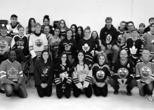 Ecole Heritage honours the Humboldt Broncos on Jersey Day