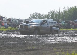 PICs – More photos of the Smoky River Mud Bogs