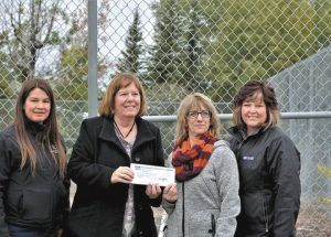 Minister of Energy presents $56,933 CFEP Grant to McLennan Recreation Board