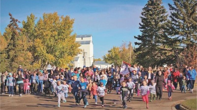 École Heritage Terry Fox school run raises over $2,100 for cancer research