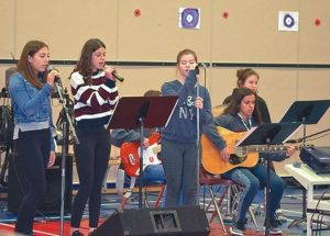Ecole Heritage holds Remembrance Day service