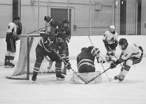 More midget hockey action
