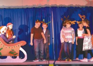 PICs – More photos of Ecole Heritage Christmas concert