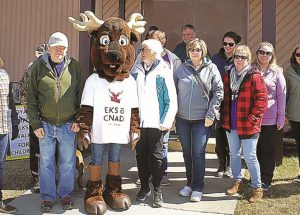 "McLennan Royal Purple Elks host this year's ""Walk for Children"""