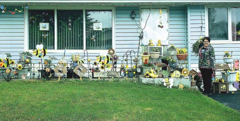 Falher resident creates front garden exhibit to celebrate Honey Fest