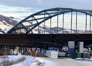 Crane collapses on Peace River Bridge