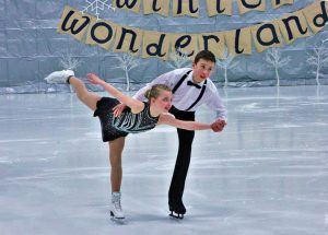 Skaters dazzle in 'Winter Wonderland'