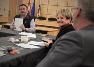 Premier Kenney tests negative after HL meeting
