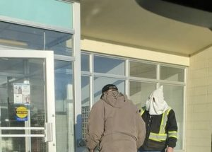 Peace River police say they have identified man in KKK -style hood